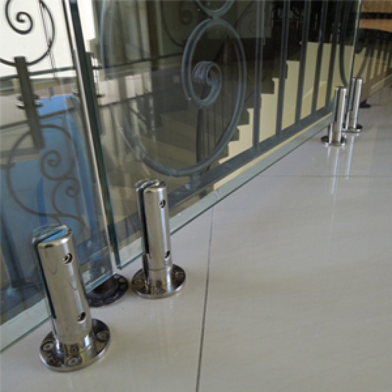 surface-mounted balustrade